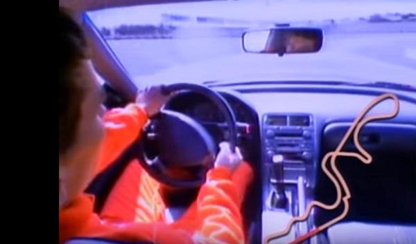 nsxをドライブするセナ